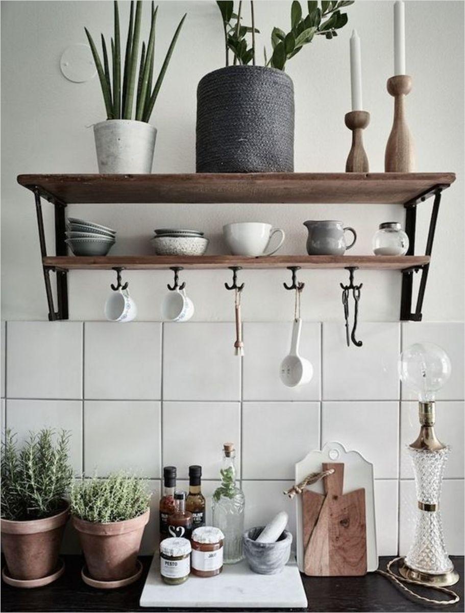 etageres-de-cuisine-en-bois
