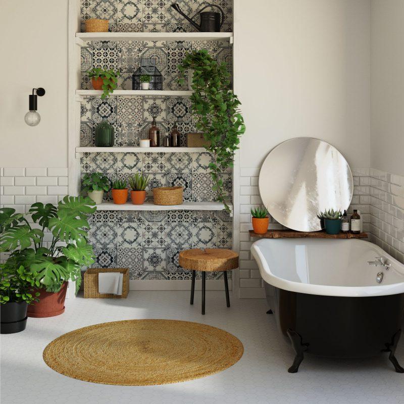 papier peint gris en vinyle effet azulejos avec des motifs géométriques dans une salle de bains décorée de plantes